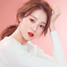 The beauty secret of Asian women is essentially based on phar . Korean Makeup Look, Asian Makeup, Korean Beauty, Weightlifting Fairy Kim Bok Joo, Model Face, Laneige, Dramas, Korean Actresses, Korean Actors