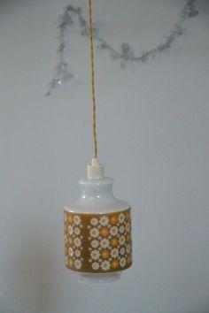 Lustre suspension ancien luminaire abat jour en verre opaline bleue http - Ancien lustre suspension ...