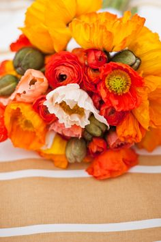 ah, gorgeous.. sometimes I wish we were using oranges & reds too!