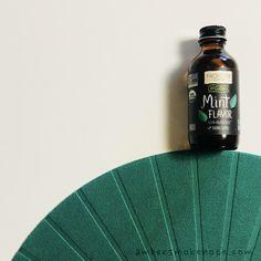 チョコミント大好き!飲み物にデザートに、ミントフレーバーを活用しまくっています。 アイハーブ  - Amber and Smoke Notes