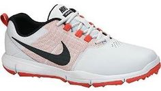 Look your very best on the golf course with these great looking womens explorer SL golf shoes by Nike Nike Womens Golf, Womens Golf Shoes, Shoes Women, Spikeless Golf Shoes, J Shoes, Sports Shoes, Buy Nike Shoes, Clearance Shoes