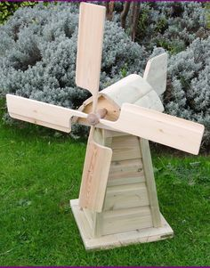 Handmade pine wood windmill - both the blades and the top turn separately so it really works!