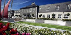 Hotel's location near #Sligo town centre offers proximity to Northern Irish region. You'll be able to enjoy verdant, wild countryside while still maintaining easy access to the pubs, galleries and museums that surround this hotel's location. http://www.radissonblu.ie/hotel-sligo/location
