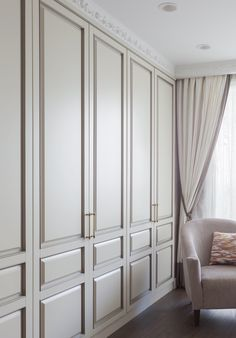 closet walk in Wardrobe Interior Design, Bedroom Closet Design, Closet Designs, Home Bedroom, Home Interior Design, Bedroom Decor, Bedroom Built In Wardrobe, Bedroom Built Ins, Wardrobe Doors