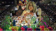 """carrro alegorio carnaval 2012 """"chá de loucos"""" A GRES União da Ilha, escola do 1º grupo do Carnaval do Rio de Janeirose apresentouno dia 20 de fevereiro"""