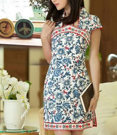 Blue Flowers Red Lining Cheongsam Dress by zeniche on Etsy, Lovely Dresses, Simple Dresses, Beautiful Outfits, Batik Kebaya, Batik Dress, Traditional Fabric, Traditional Dresses, Cheongsam Modern, Mandarin Dress