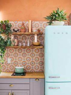 Kitchen Interior Design boho kitchen tile ideas - Plus, the lessons we learned from each one. Kitchen Interior, Home Interior Design, Home Design Decor, Interior Decorating, Decorating Ideas, Decorating Websites, Modern Interior, Design Ideas, Decorating Kitchen