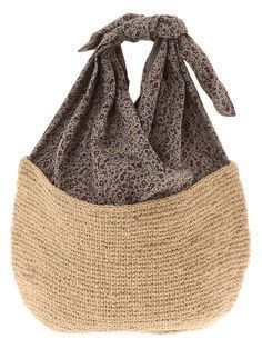 Anses Use the black straw base with dupioni or brocade. This Pin was discovered by Jes Image gallery – Page 787848528541454122 – Artofit Crochet Tote, Crochet Handbags, Crochet Purses, Knit Crochet, Crochet Chain, Double Crochet, Single Crochet, Macrame Bag, Boho Bags
