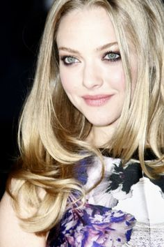 Amanda Seyfried - proves that you can avoid the sun and be stunning!     #skincare #sunprotection