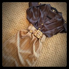 Cute One Piece Dress One Piece Professional Brown and Beige Belted dress with side zip. Size Small, runs small so could fit XS as well Dresses Midi