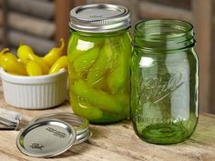 Ball Spring Green Mason Canning Pint Jar Heritage Lids Bands Regular Mouth Set 6