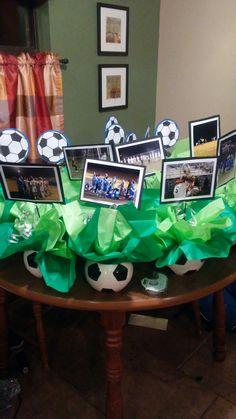 Soccer banquet Soccer Centerpieces, Banquet Decorations, Locker Decorations, Banquet Ideas, Soccer Theme Parties, Soccer Party, Soccer Wedding, Soccer Boys, Basketball