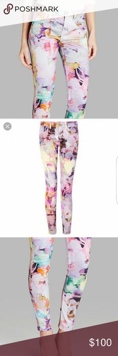 "Ted Baker floral, watercolor jeans NWT Beautiful flowers watercolor looking denim jeans... cotton/elastane mix.....waist 30""... inseam 29 1/2 ""... the rise is 9""....these are gorgeous...tu7.... Ted Baker Pants"