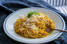 Špagetová dýně s hokkaido omáčkou | Hodně domácí