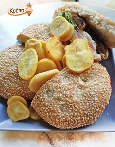 Club Burger🥪 θα φάμε σήμερα, το λύσαμε και αυτό, next!! ☎️2310.632180 💻 www.krepatown.gr 📍 Μιχαήλ Καραολή 20, Συκιές #krepatown #Συκιές #Νεάπολη #Πολίχνη #yummy #delicious #delivery #skgfood #thessaloniki