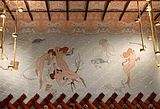 Hotel España.Esgrafiado del fondo marino con sirenas, obra de Ramon Casas.