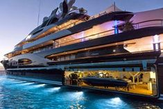 Huge Mega Yacht with integrated boat garage! Yacht Design, Boat Design, Travel Design, Cool Boats, Used Boats, Small Boats, Super Yachts, Yacht Luxury, Luxury Travel