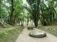 """Lamani was a large Mayan city in northern Belize Its name translates in Mayan language to """"submerged Crocodile"""". Best known for 33 meter tall """"High Temple"""" http://twitter.com/ChichenItzaBob"""