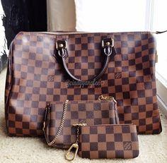 My little DE family :) just masking miss Neverfull GM.  Louis Vuitton Speedy 35, key pouch cles, mini pochette in Damier Ebene.