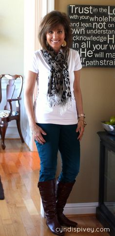 Building Your Fall Wardrobe {Basic White Tee}