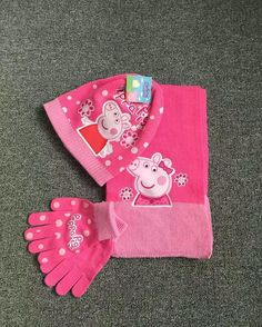 Save And Share Click More At www.brand4outlet.com Blog : http://ift.tt/1hotFwV Thanks ! Email : amyclothes@gmail.com Sent Mobile Message 8613533277788 Whatsapp / Viber / Line (Please In China Day Time) Are Welcome !#peppapig #scarf #glove #bobblehat #pink #cap #girls #hat #character #accessory #yam #crocheting #crochet #headwrap #brand #cartoon #blogger #pattern #new #style #knitting #fun #fashion #gift #winter #cold #school #knit #fashionclothesoutlet #handmade