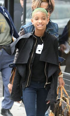 2a3c58cb134f Going Green! Willow Smith has changed her hair coif yet again