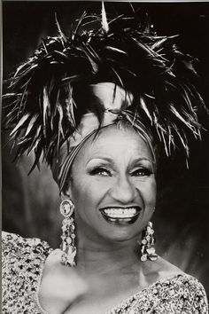 Celia Cruz    ...... (Azucar)