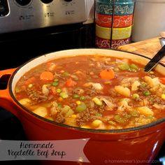A Homemaker's Journal: Recipe: Hearty Homemade Vegetable Beef Soup