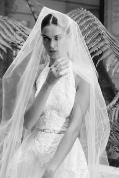 The new Elie Saab wedding dresses have arrived! Take a look at what the latest Elie Saab bridal collection has in store for newly engaged brides. Mini Wedding Dresses, Open Back Wedding Dress, Bridal Dresses, Elie Saab Bridal, Bridal Looks, Bridal Style, Bridal Collection, Dress Collection, Elie Saab Fall