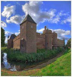 Slot Doornenburg Netherlands**.