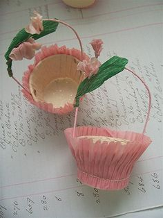 beautiful nut cups // we used to have these at our childhood birthday parties filled with candy