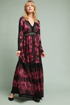 Shop the Rose Sweater Maxi Dress and more Anthropologie at Anthropologie today. Read customer reviews, discover product details and more.