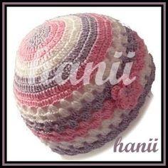 tříbarevná háčkovaná čepice - HANII -  NEJEN háčkovaná móda