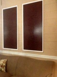 Escaparates interiores con papeles de O&L y telas y papeles pintados de NINA CAMPBELL .