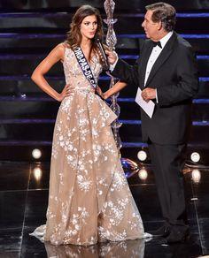 Pin for Later: 7 Choses à Savoir Sur Iris Mittenaere, la Nouvelle Miss France Elle a eu la meilleure note au test de culture générale. Elle a eu la très bonne note de 17.5/20.