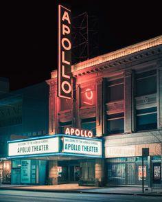 The legendary Apollo Theater, Harlem, New York, NY, 2015 - Franck Bohbot Color Photography, Street Photography, Time Photography, Photography Gallery, Contemporary Photography, Urban Photography, Portfolio Lighting, San Myshuno, R Cafe