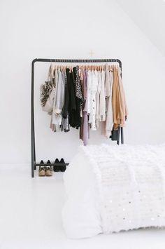 Kledingrek slaapkamer - THESTYLEBOX