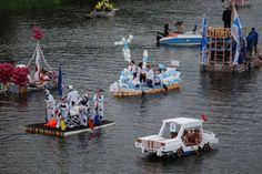 """Anything Can Float Race"" Sternwheel Regatta, Charleston, WV"