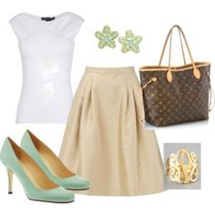 The mint color pumps make this outfit eye-catching!