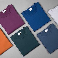 8 Excellent T-Shirt Brands You've Never Heard Of As melhores marcas de camisetas para homens 2015 Tshirt Photography, Clothing Photography, Best T Shirt Brands, Foto Still, Geile T-shirts, Beau T-shirt, T Shirt Photo, Shirt Mockup, Great T Shirts