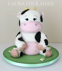 Adorable cow birthday cake made with Satin Ice Fondant Cow Cakes, Bird Cakes, Cupcake Cakes, Barnyard Cake, Farm Cake, Cow Birthday Cake, Extreme Cakes, Satin Ice Fondant, Gravity Cake