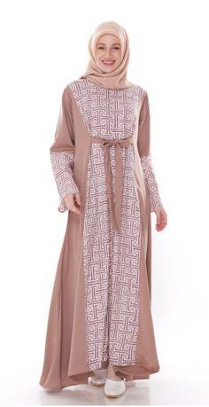 Aksen Tropis Aisha Dress - Another! Batik Fashion, Abaya Fashion, Fashion Sewing, Modest Fashion, Muslim Women Fashion, Islamic Fashion, Latest Fashion For Women, Modest Dresses, Modest Outfits