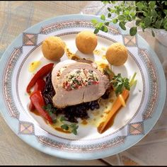 Egy finom Töltött sertéscomb zöldségekkel és krokettel ebédre vagy vacsorára? Töltött sertéscomb zöldségekkel és krokettel Receptek a Mindmegette.hu Recept gyűjteményében!