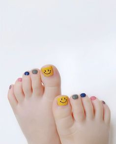 Gel Toe Nails, Gel Toes, Cute Toe Nails, Cute Toes, Hang Nguyen, Korean Eye Makeup, Diy Manicure, Creative Nails, Mani Pedi