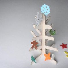 love the make yourself xmas tree and ornaments