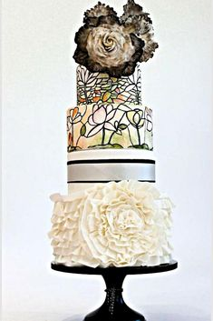 Best Stained Glass Wedding Cakes For Your Big Day ★ stained-glass-cakes-wedding-cake-with-flower-heather-lee Unique Wedding Cakes, Unique Cakes, Unique Weddings, Heather Lee, Glass Cakes, Geometric Designs, Cake Art, Big Day, Stained Glass