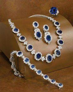 Best Diamond Bracelets : Bayco - Dream jewelry - The Best Jewelry Gift Ideas for the Holidays Gems Jewelry, Jewelry Sets, Bridal Jewelry, Jewelery, Fine Jewelry, Jewelry Trends, Silver Jewelry, Silver Rings, Jewelry Stores Near Me