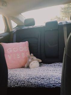 Hippie Auto, Hippie Car, Car Interior Accessories, Car Interior Decor, Car Interior Design, Interior Ideas, Inside Car, Girly Car, Pt Cruiser
