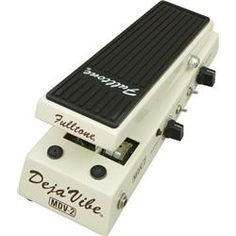 best wah, three different settings, jimmy page, jimi hendrix, and a weird low pass filter setting.