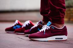 Great sneaker. The Nike Air Max 1 Parra x Patta collaboration. Also in the background - a custom Asics Gel Lyte III in the same colourway. #sneakers